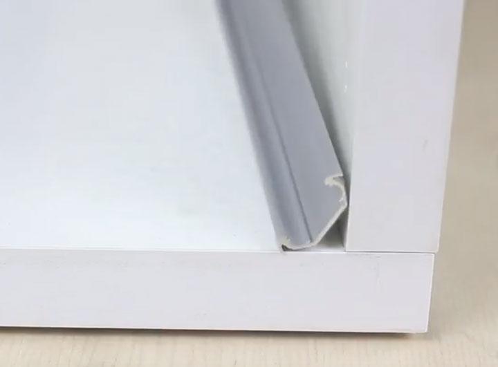 как лучше монтировать угловой профиль со светодиодной лентой