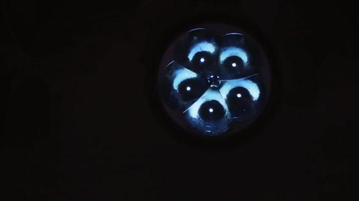 свечение фонарика при подключении от картошек
