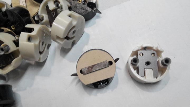 патроны с пружинками для ламп дневного света