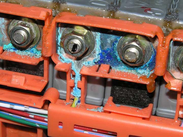 окисленные контакты на выключателе