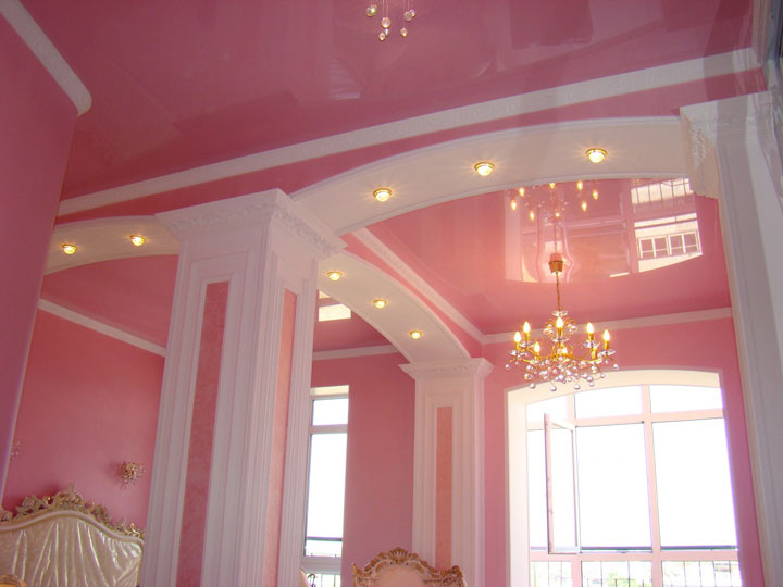 свет в спальной комнате вариант расположения светильников
