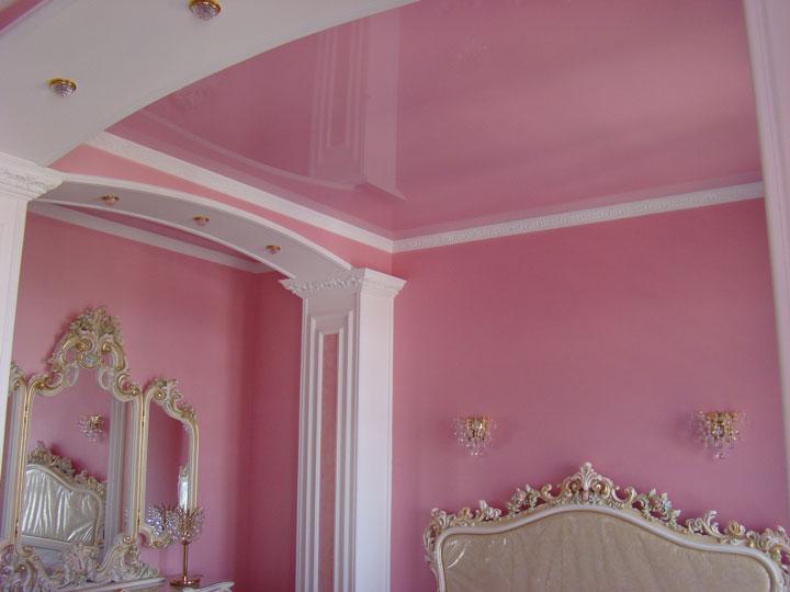 освещение потолка в спальной комнате