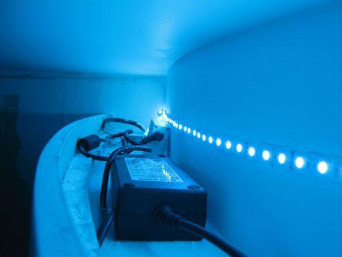 куда спрятать блок питания светодиодной ленты