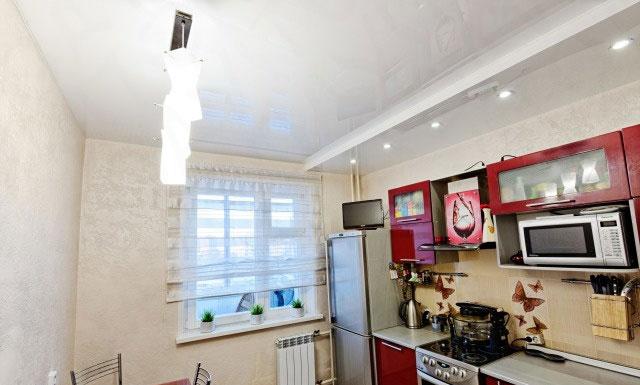 схема светильников для кухни с линейным гарнитуром
