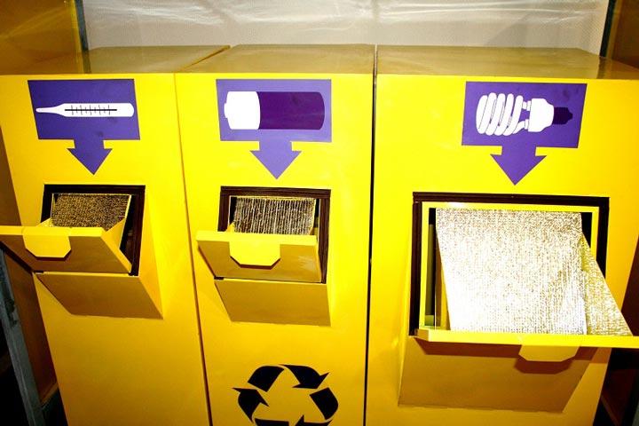 контейнеры для энергосберегаек, термометров и батареек