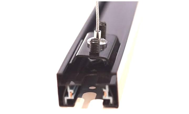 подвесная скоба для подвески трекового светильника на потолке