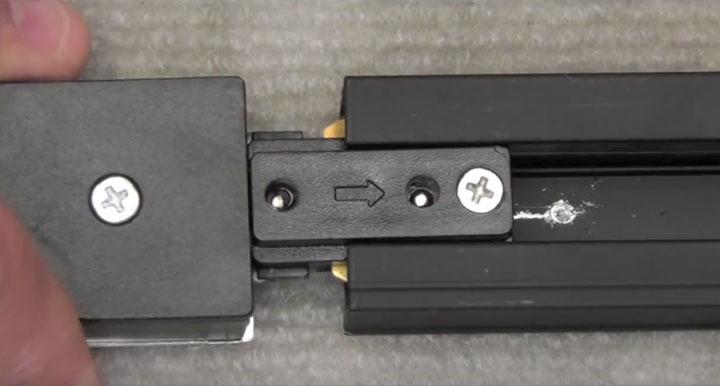 подключение коннектора к треку