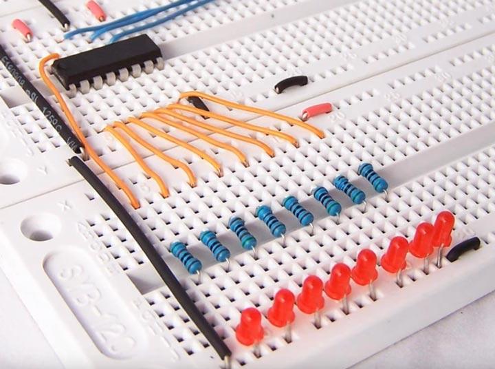 применение дип светодиодов в панелях электронных приборов