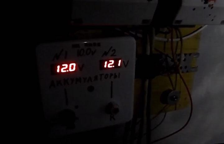 минивольтметры для контроля разряда акб при автономном освещении