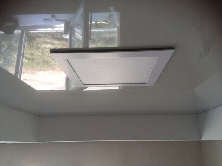 толщина зазора между спотом светодиолной панели и натяжным потолком какая должна быть