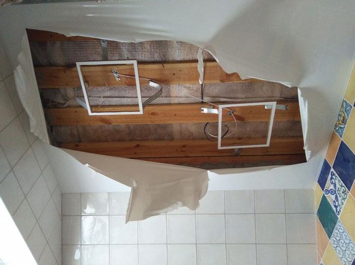 ошибка при монтаже светодиодной лед панели в натяжном потолке
