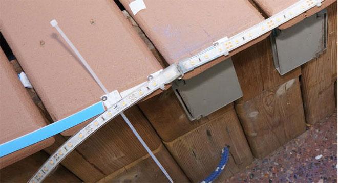 крепеж светодиодной ленты на нейлоновых стяжках