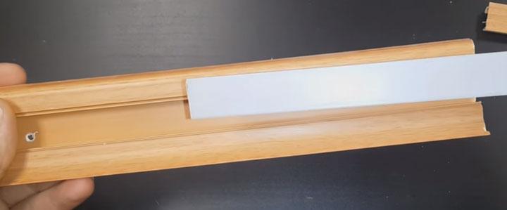 прозрачная заглушка из акрилового пластика для подсветки полов
