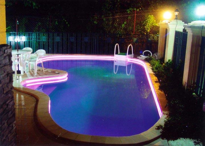 освещение бассейна светодиодной лентой