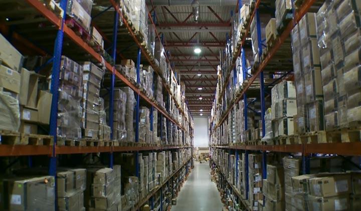 освещение индукционное в складских промышленных помещениях