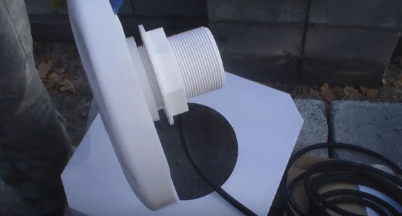 подводный светильник для монтажа в бетонный бассейн