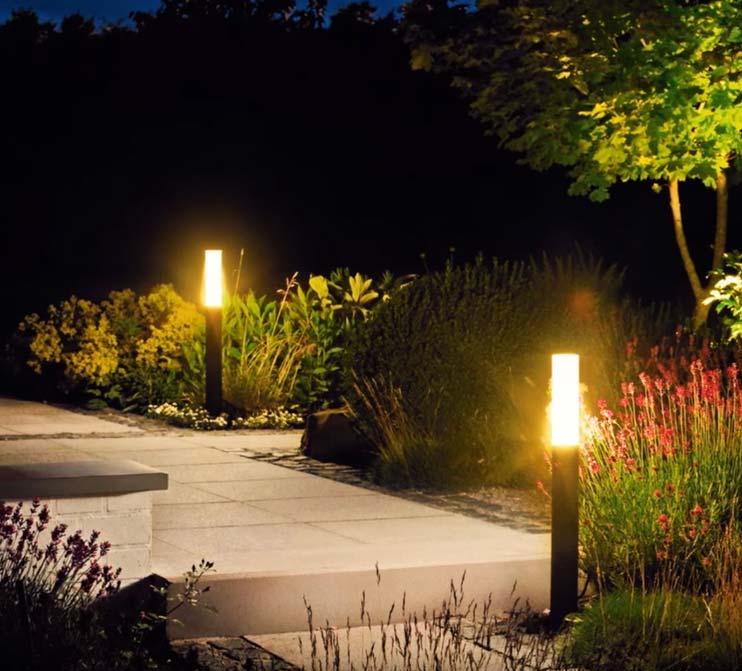 столбики освещения на дачу и загородный дом
