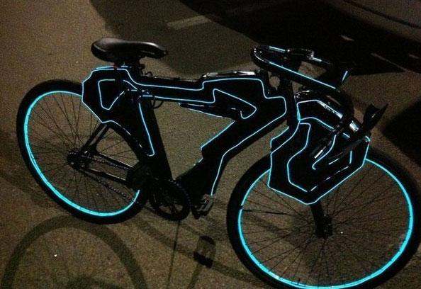 подсветка велосипеда неоновым светом