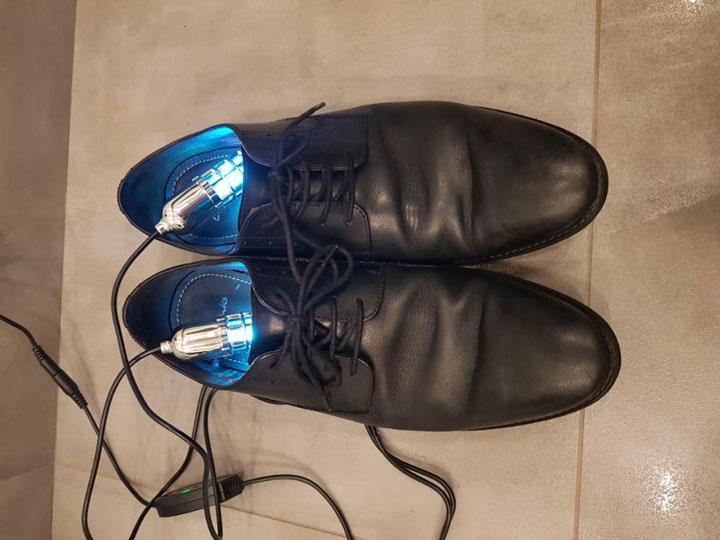 как избавиться от неприятного запаха в обуви с помощью ультрафиолетовой сушилки