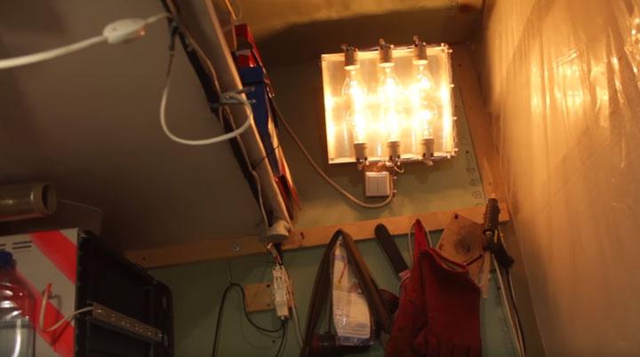 самодельный инфракрасный обогреватель в гараже из лампочек накаливания
