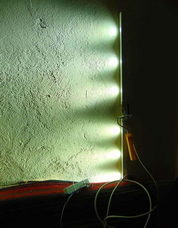 выявление неровностей лампой маляра