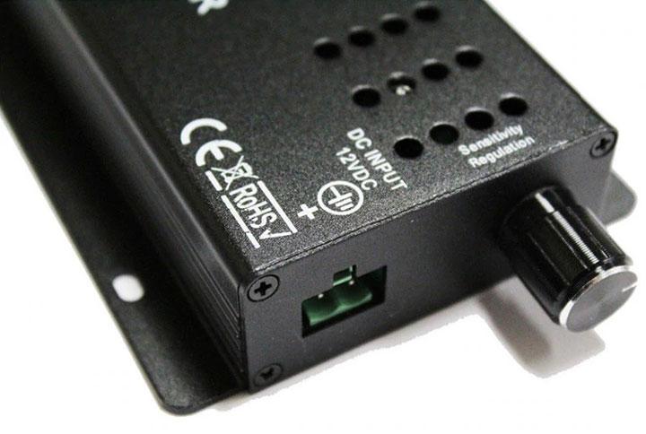 регулировка чувствительности микрофона на музыкальном контроллере светодиодной подсветки