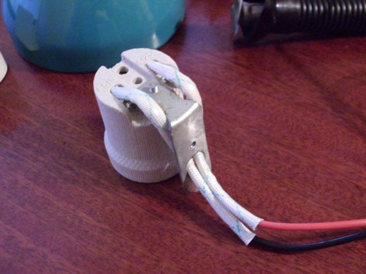 керамический патрон с заземляющим контактом