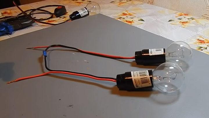 последовательное подключение двух лампочек