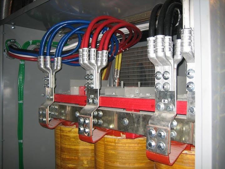 фазировка двух кабелных линий 380в лампами накаливания