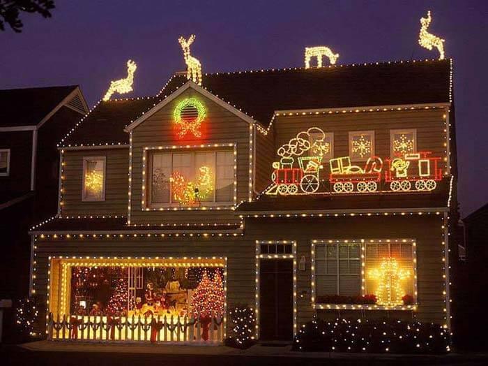 подсветка фасада на новый год