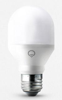 умная лампочка LIFX