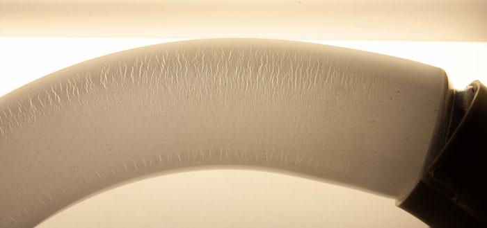 микротрещины в люминофоре и опасность люминесцентных ламп по УФ
