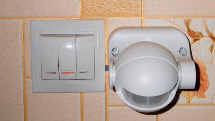 датчик движения на общем освещении квартиры