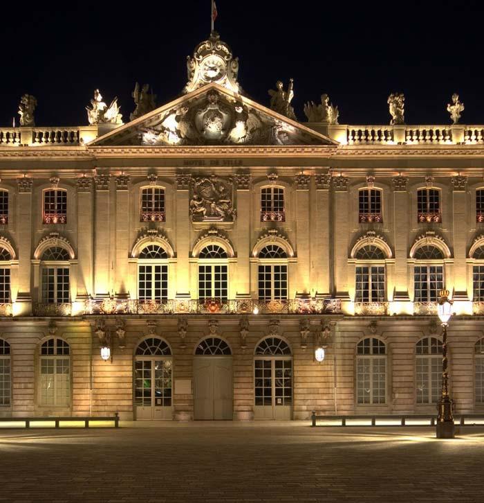 подсветка фасадов зданий