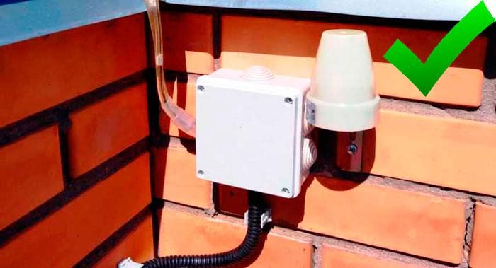 распредкоробка для подключения датчика света
