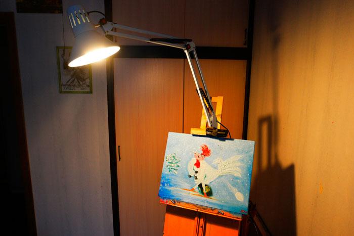 светильник художника на мольберт