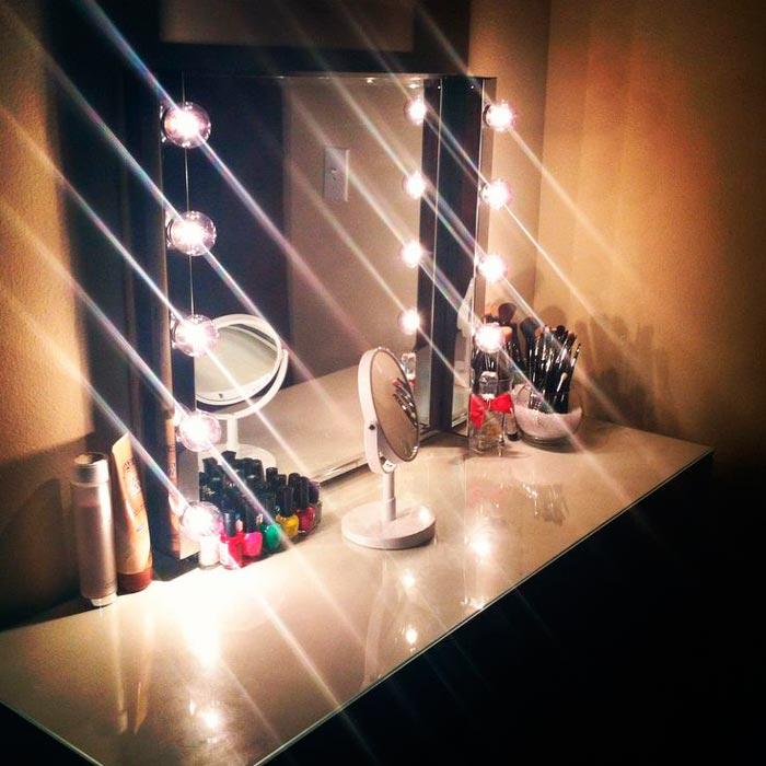почему нельзя использовать прозрачные лампы для гримерного зеркала только матовые
