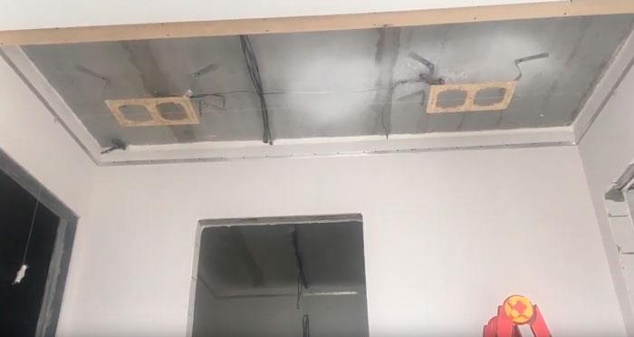 монтаж закладных на потолке