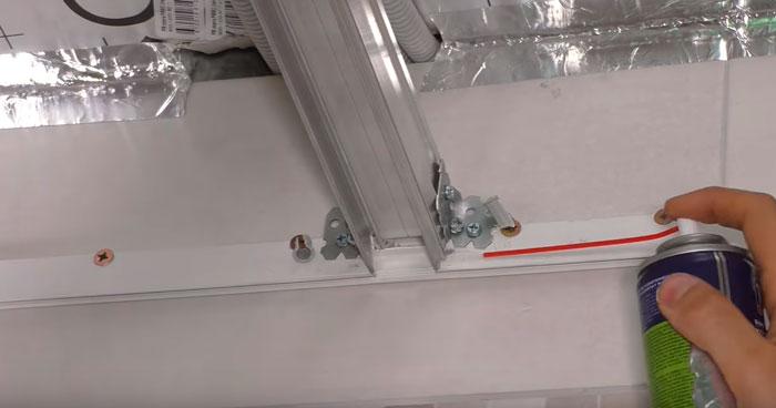 как сделать монолитное примыкание профидей натяжного потолка и парящей линии