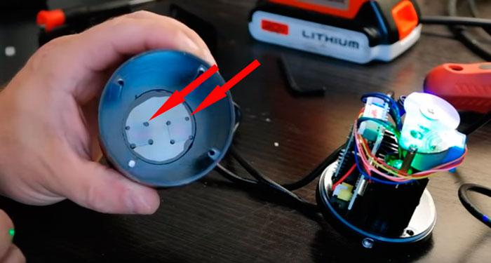 рассеивающие пластинки на новогоднем проекторе