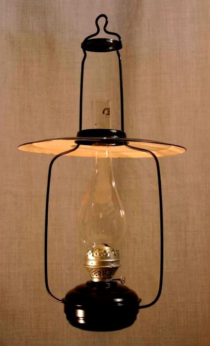 традиционная керосиновая лампа