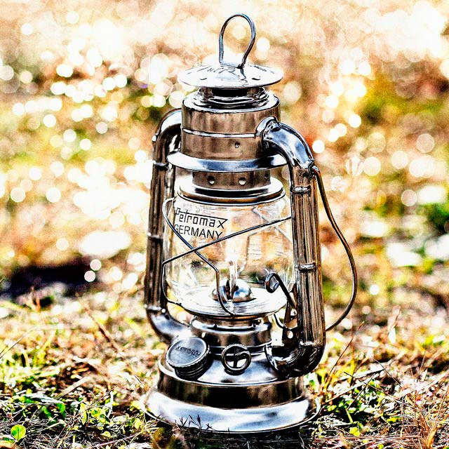 керосиновая лампа Petromax