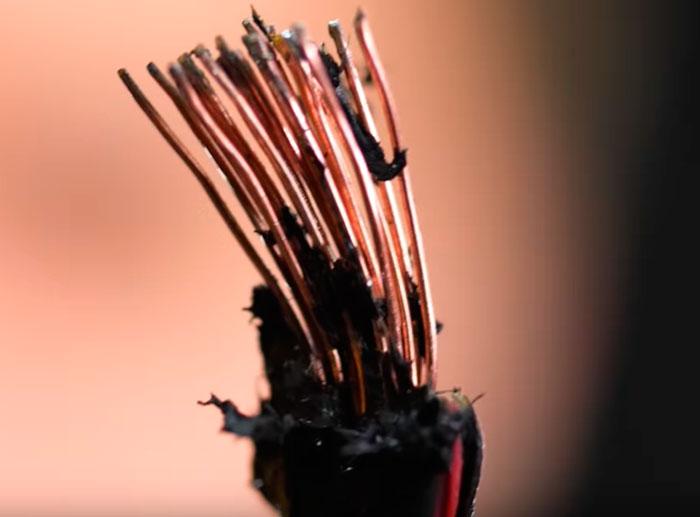 последствия снятия изоляции с провода паяльником