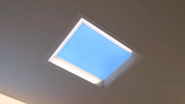 светильник в виде окна мисола