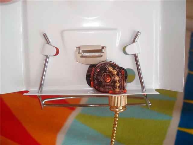 встроенный минивыключатель на шнуре в бра
