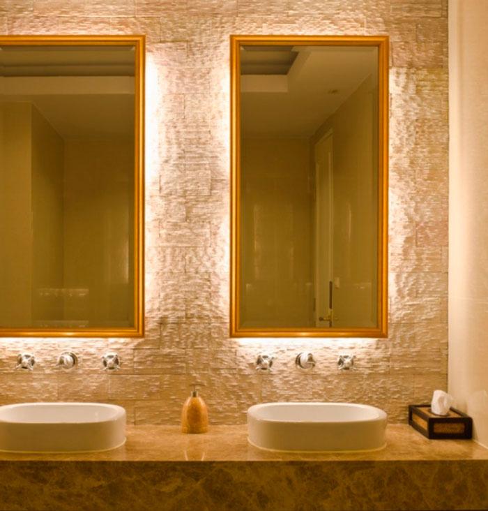 фоновая подсветка зеркала в ванной комнате