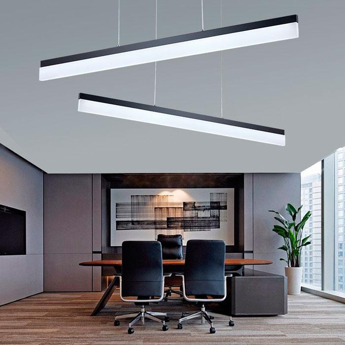 линейные светильники в кабинете директора