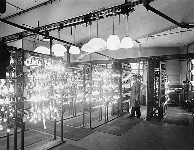 испытательные стенды для лампочек накаливания