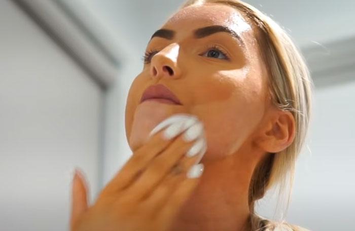 очистка кожи перед использованием LED маски