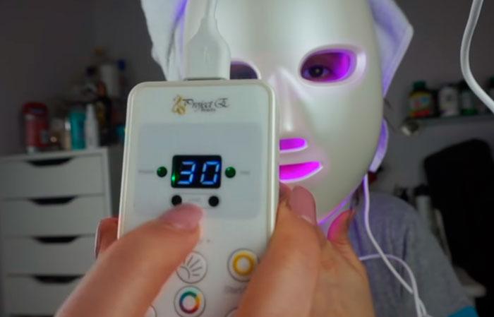 сколько времени нужно носить LED маску для лица